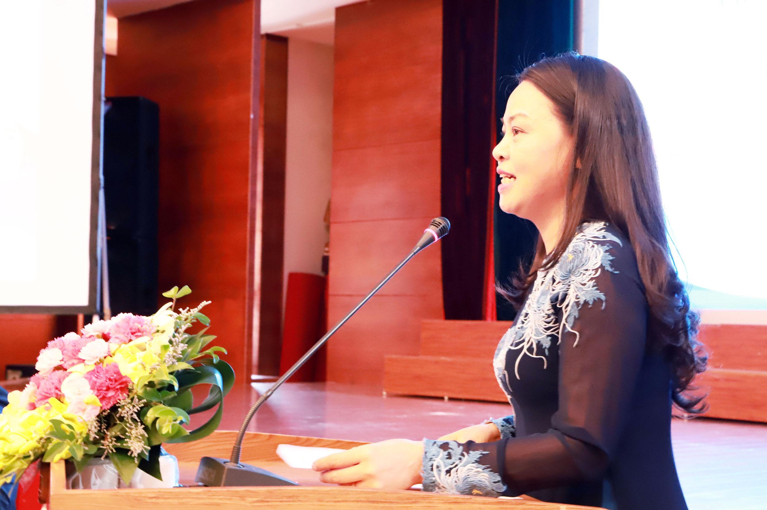 Ủy viên TƯ Đảng, Chủ tịch Hội LHPN Việt Nam Nguyễn Thị Thu Hà phát biểu tại Diễn đàn